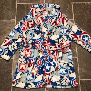 Boys Avengers plush bath robe!